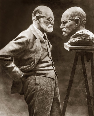 Freud with his bust